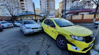 Photo of VIDEO: Taximetrist buzoian, rănit într-un accident produs în această dimineață