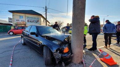 Photo of Un tânăr cu probleme psihice a furat o mașină și s-a făcut praf pe Transilvaniei (video)
