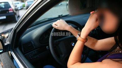 Photo of O tânără s-a plimbat ani buni cu mașina fără să dețină permis. Cum i s-a terminat norocul